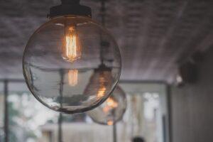 Lámparas y mobiliario: la combinación adecuada